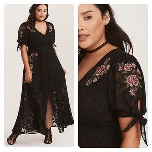 Torrid BLACK FLORAL EMBROIDERED CHIFFON MAXI DRESS